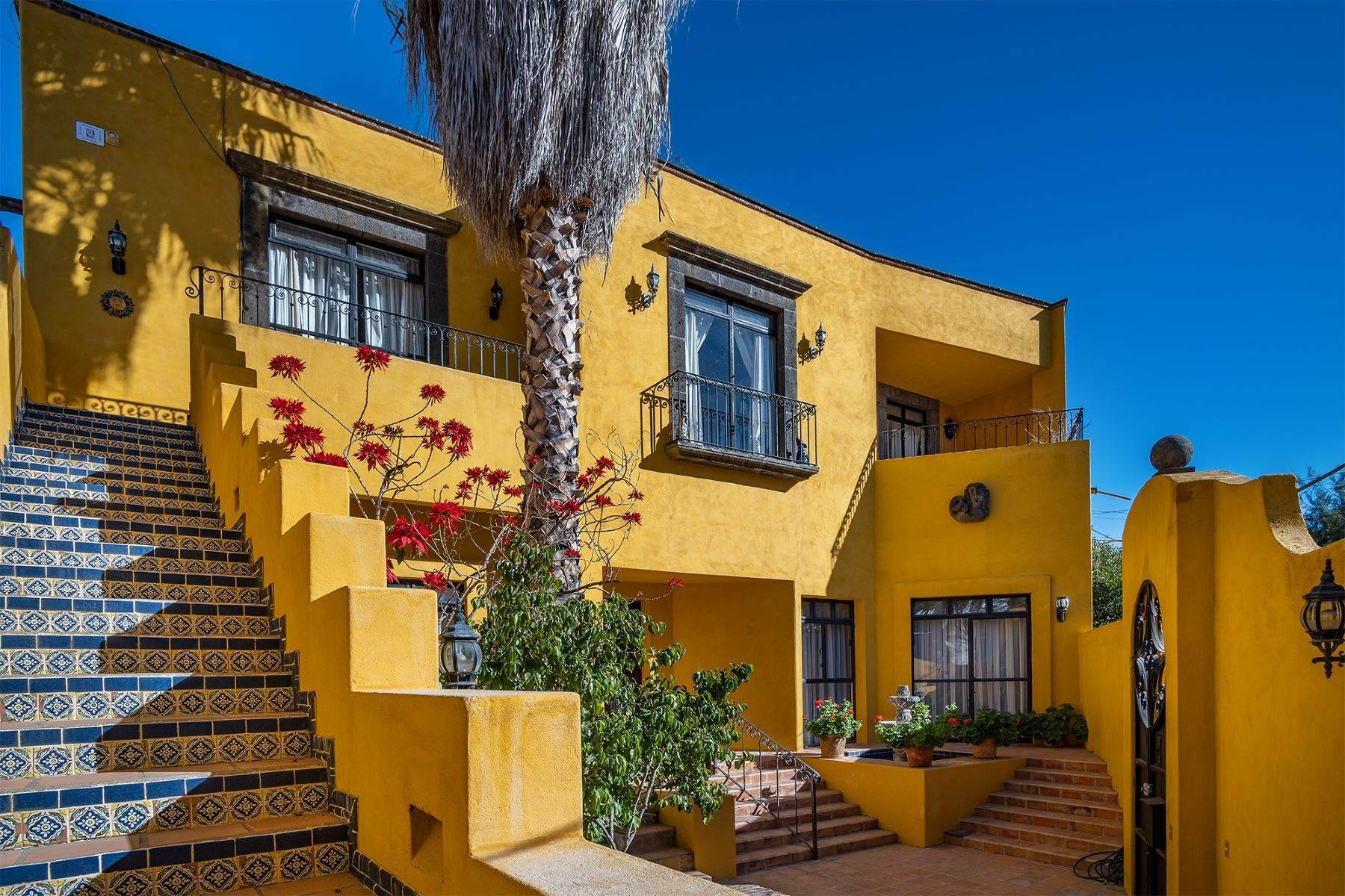 Single Family Homes for Sale at Pila Seca 2B, Centro Histórico San Miguel De Allende, Guanajuato 37700 Mexico