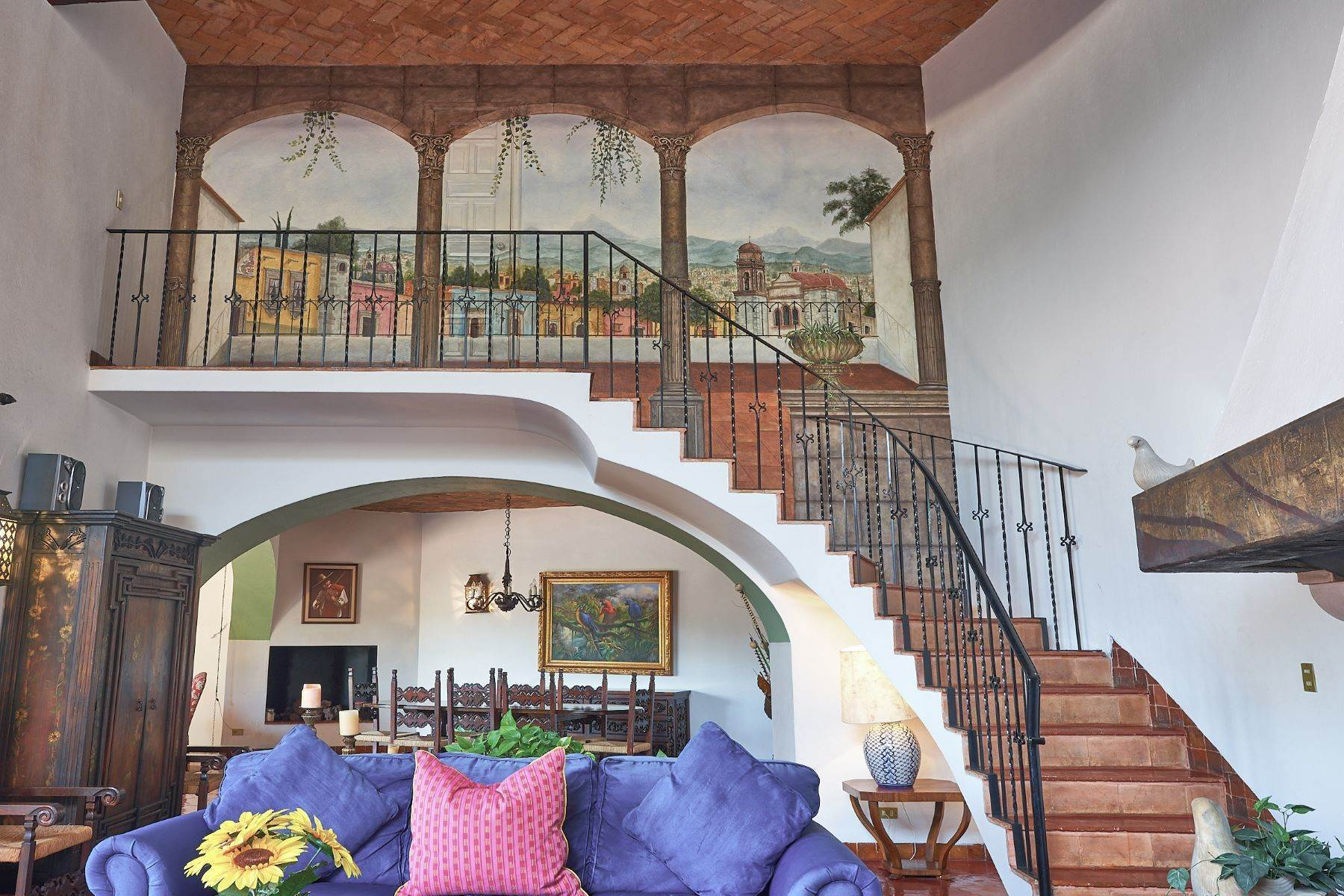 14. Single Family Homes for Sale at Faroles 10 San Miguel De Allende, Guanajuato 37740 Mexico