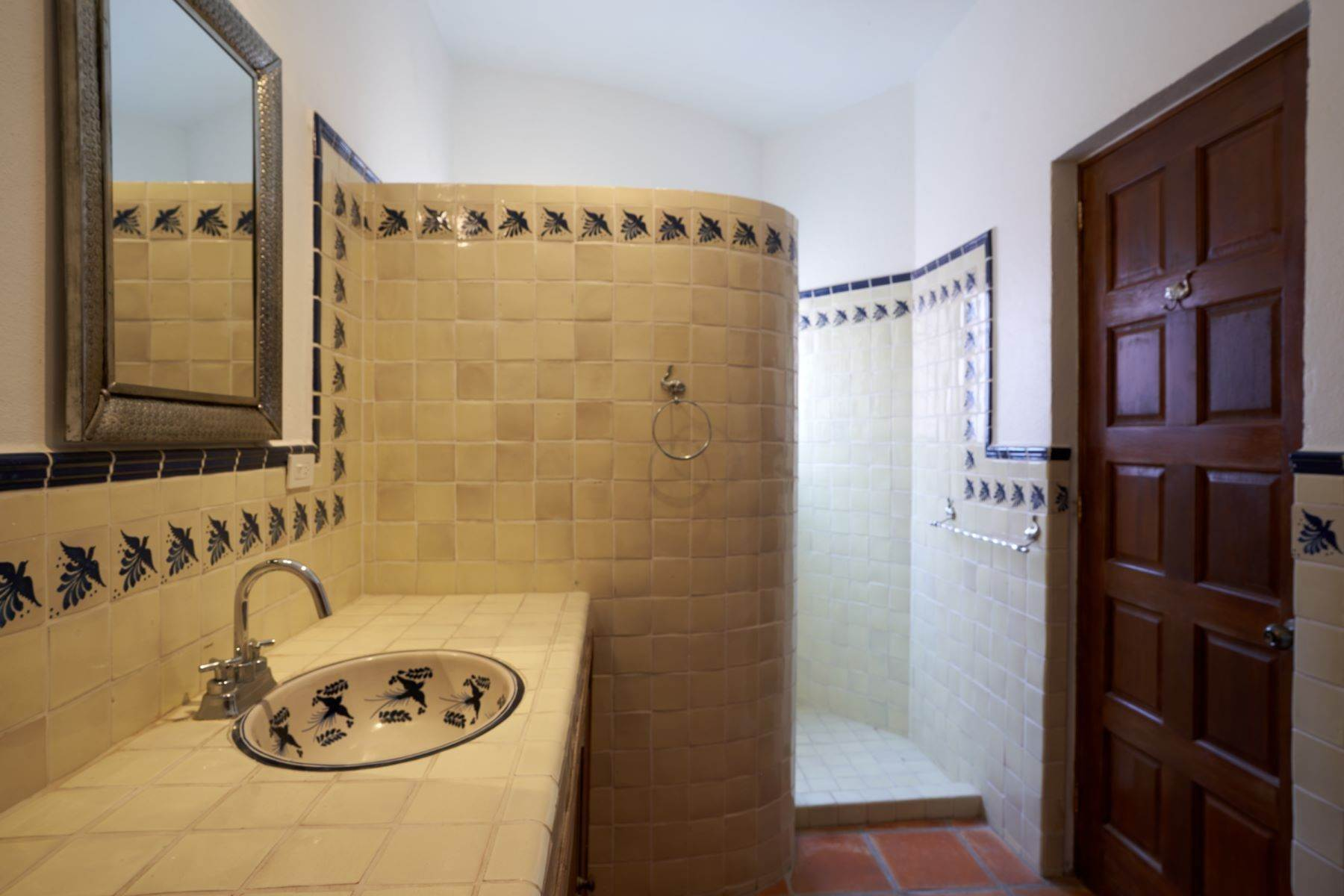 18. Single Family Homes for Sale at Casa Alameda San Miguel De Allende, Guanajuato 37750 Mexico