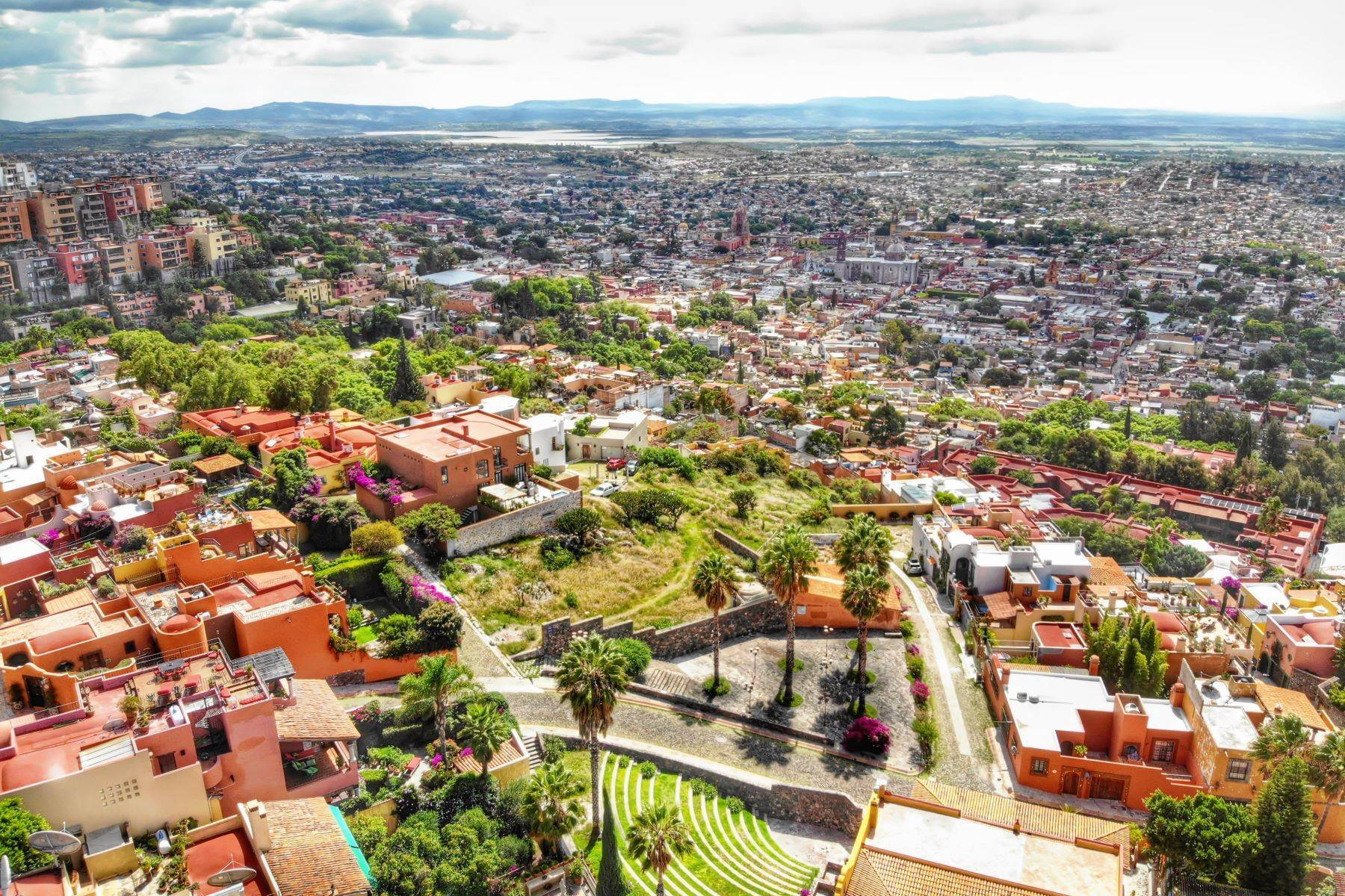 13. Land for Sale at Balcones Lot Del Foro s/n San Miguel De Allende, Guanajuato 37720 Mexico