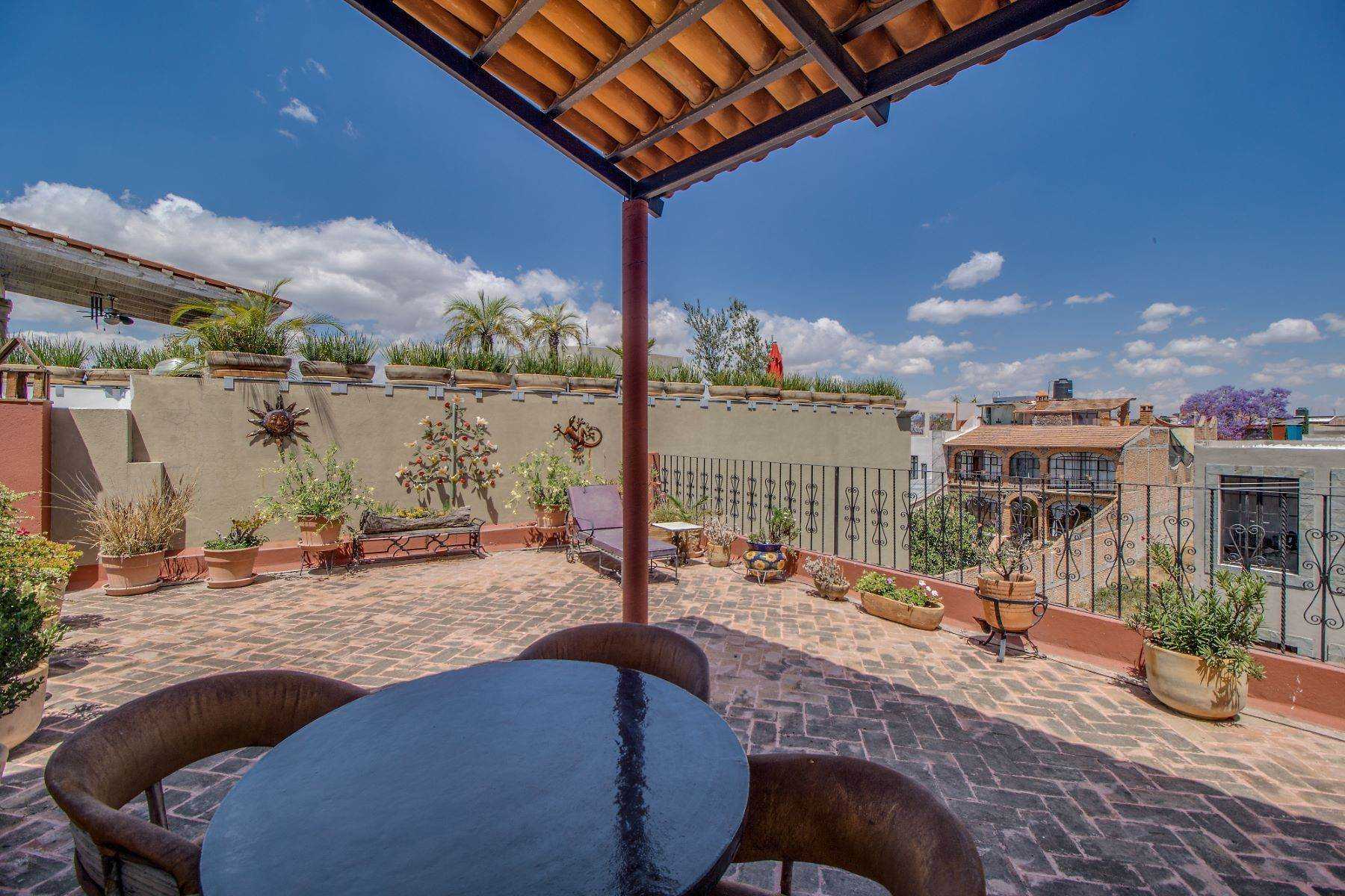 23. Single Family Homes for Sale at Casa Christina San Antonio, San Miguel De Allende, Guanajuato Mexico