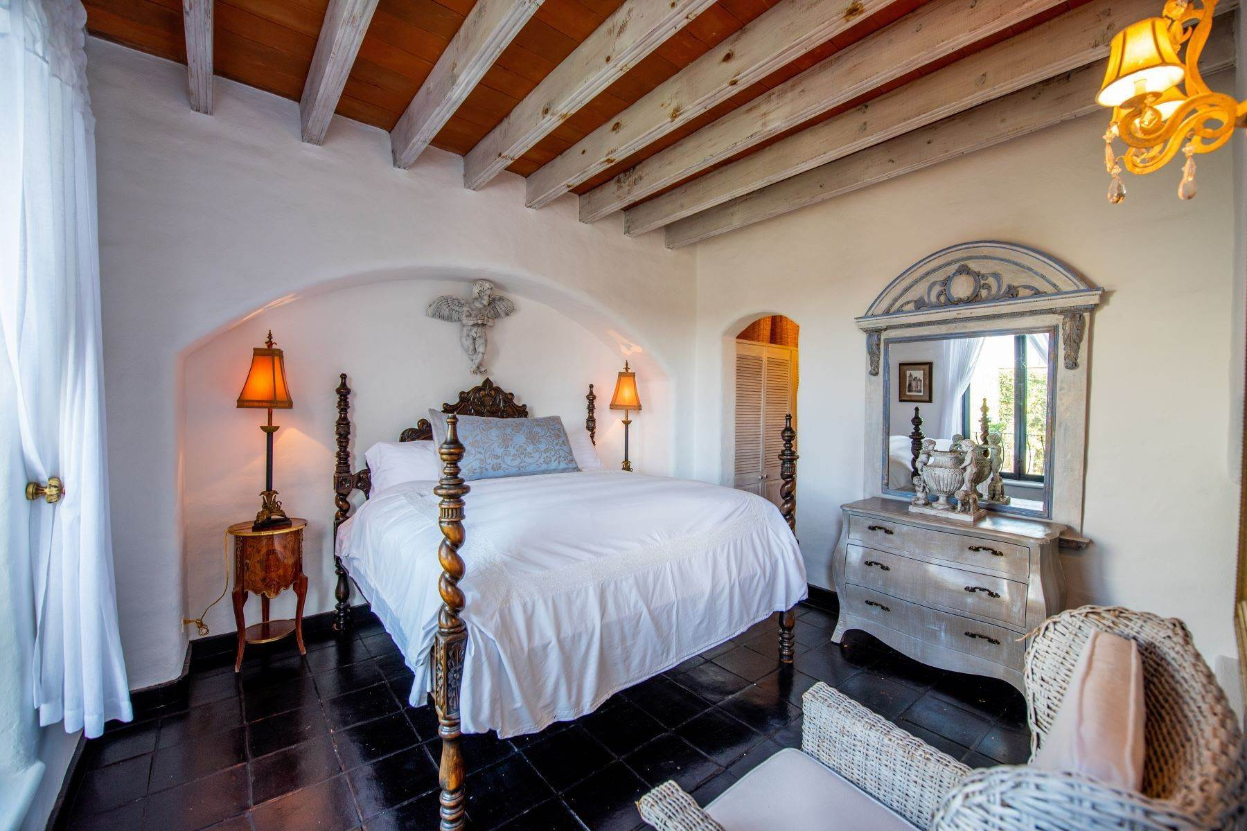 31. Single Family Homes for Sale at Casa Mi Besito Atascadero, San Miguel De Allende, Guanajuato Mexico