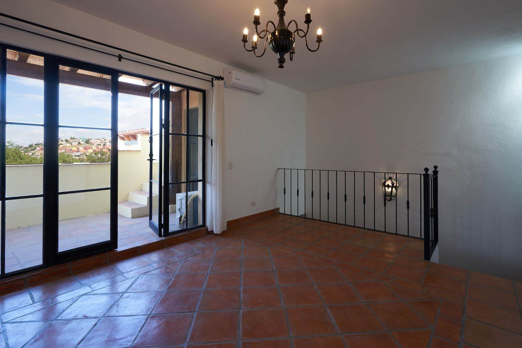 24. Single Family Homes for Sale at Casa Alameda San Miguel De Allende, Guanajuato 37750 Mexico
