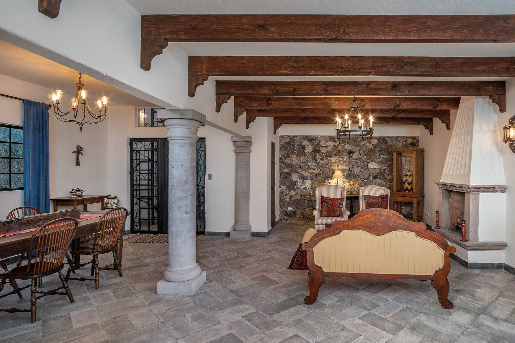 3. Single Family Homes for Sale at Casa Jacarandas Hernandez Macias San Miguel De Allende, Guanajuato 37700 Mexico