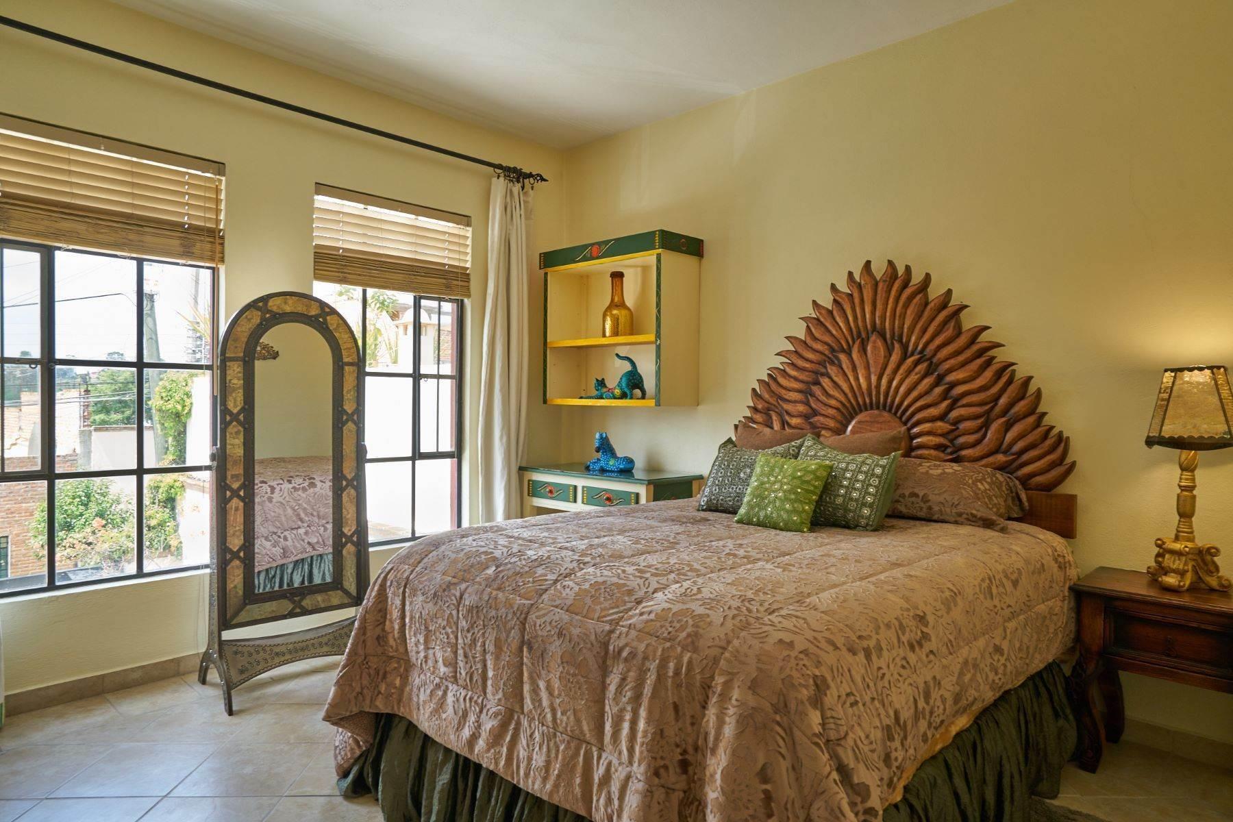 20. Condominiums for Sale at Casa Flores San Antonio, San Miguel De Allende, Guanajuato Mexico