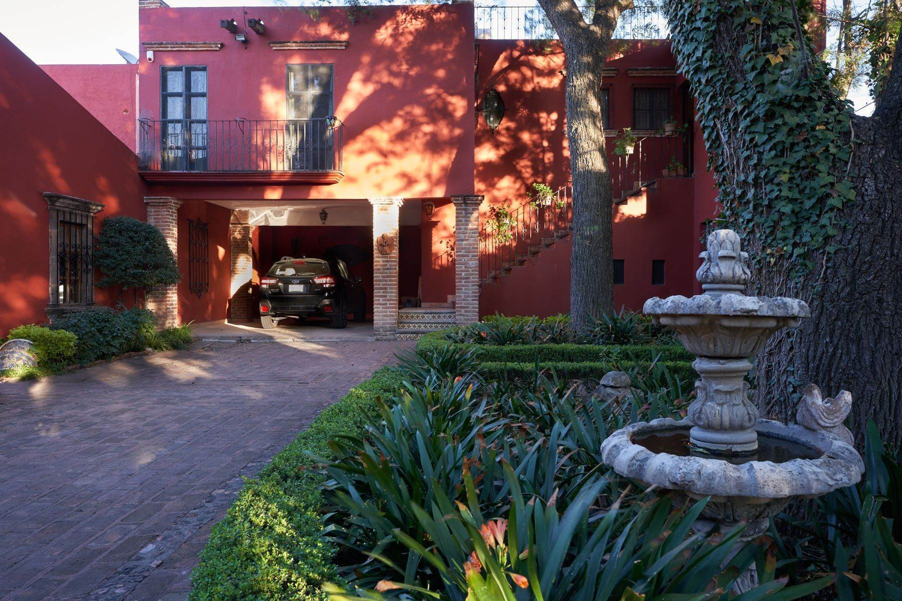 14. Single Family Homes for Sale at Casa de la Luz San Miguel De Allende, Guanajuato 37700 Mexico