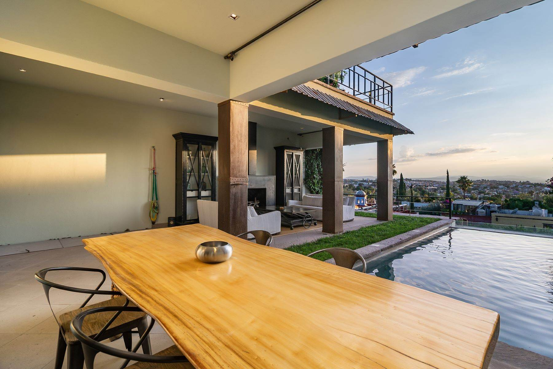 Single Family Homes for Sale at Casa CocoBella Sollano 47, Centro San Miguel De Allende, Guanajuato 37700 Mexico