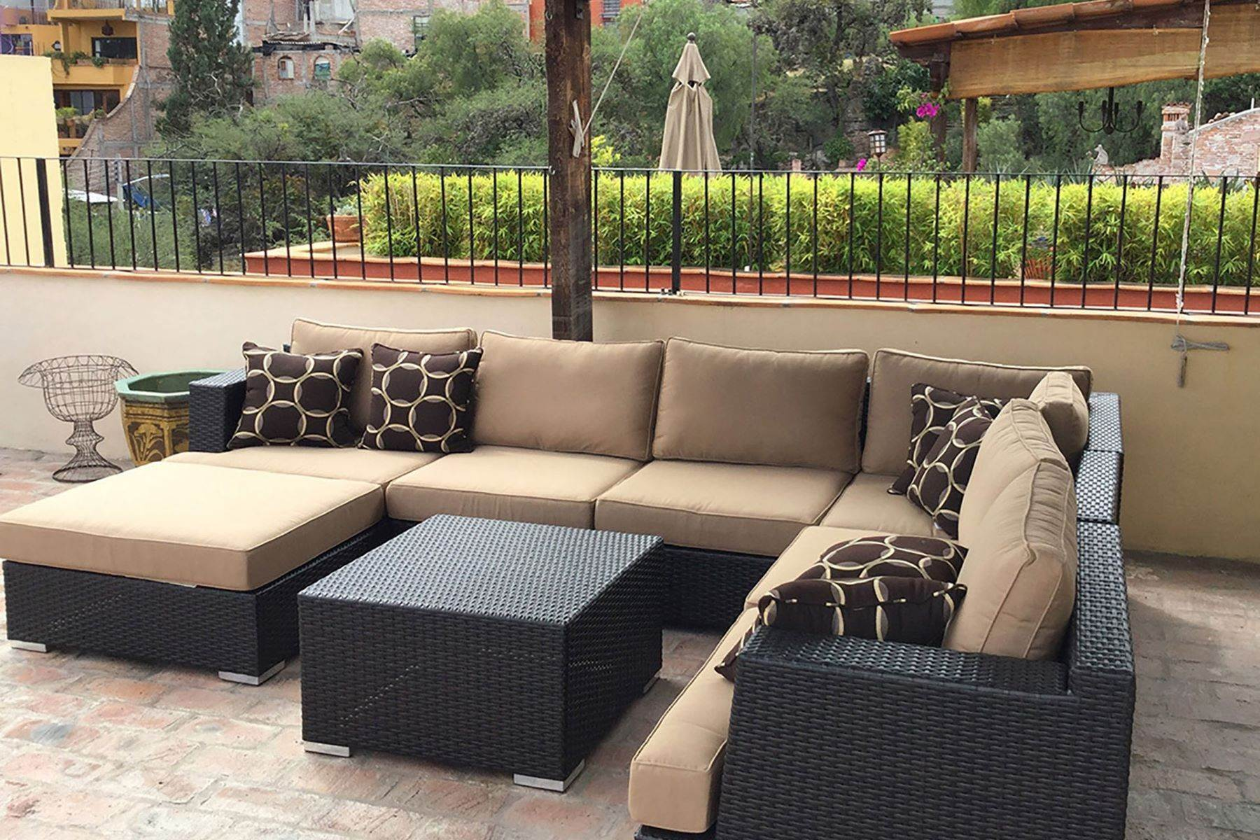 3. Single Family Homes for Sale at Casa Alameda San Miguel De Allende, Guanajuato 37750 Mexico