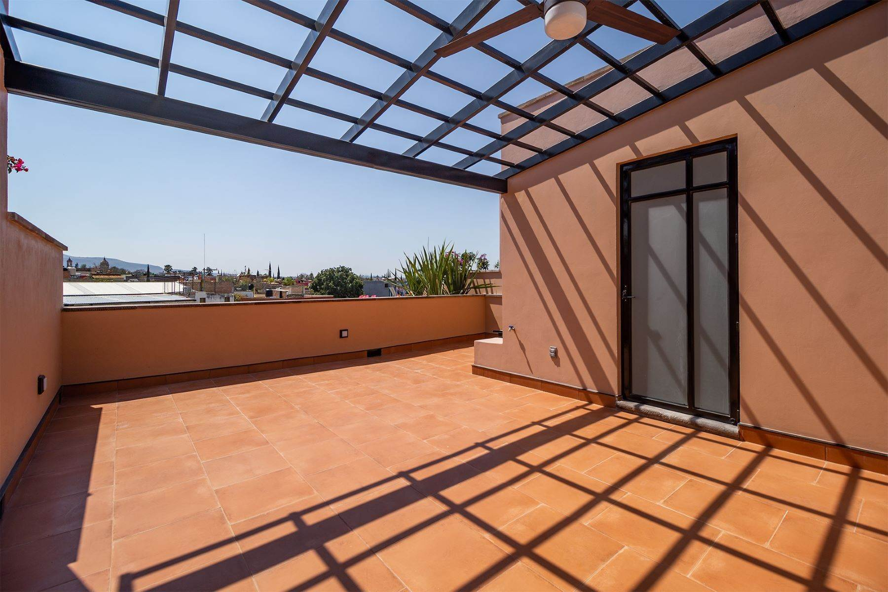 16. Single Family Homes for Sale at Aurora Twelve Guadalupe, San Miguel De Allende, Guanajuato Mexico